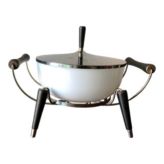 1960s Mid-Century Modern Colony Oven Ware Casserole & Peg Leg Chafing Dish Set For Sale