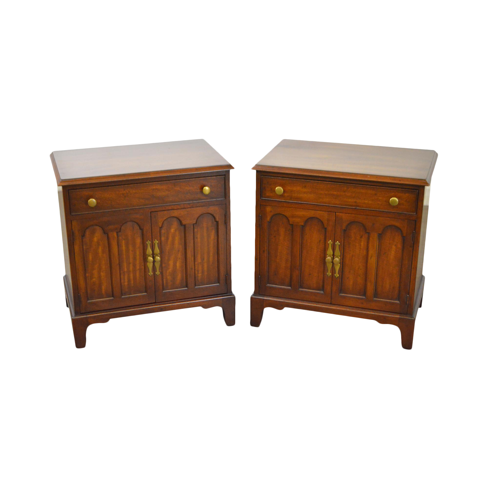 Awesome Morgantown Tidewater Collection Mahogany Nightstands   A Pair