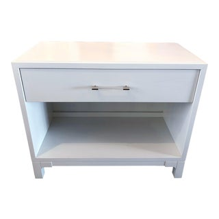 Vanguard Furniture Barnes Side Table in Snow White, 1 Drawer For Sale