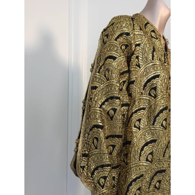 Moroccan Gold and Black Brocade Short Vest Caftan For Sale In Los Angeles - Image 6 of 10