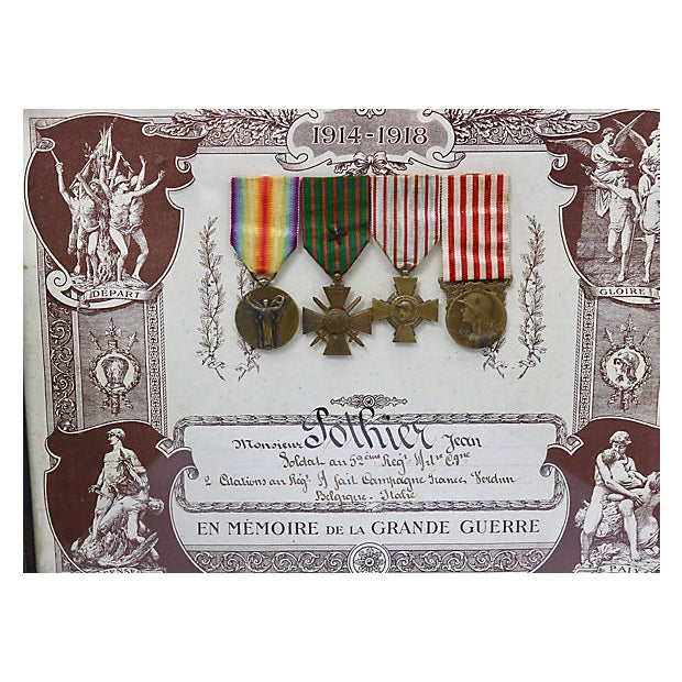 """Souvenir de la Grande Guerre 1914/1918 (""""Remembrance of the Great War 1914-1918""""). Given to family members in remembrance..."""