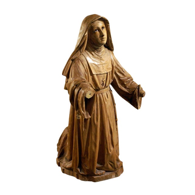 19th Century Boxwood Carving of a Praying Nun For Sale