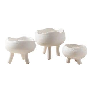 Contemporary Handmade Ceramic Cloud Spice w/ Feet - Set of 3 - Blanc For Sale