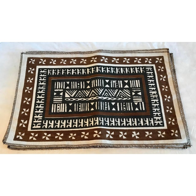2000 - 2009 Vintage Tribal Pattern Linen Placemats - Set of 6 For Sale - Image 5 of 5