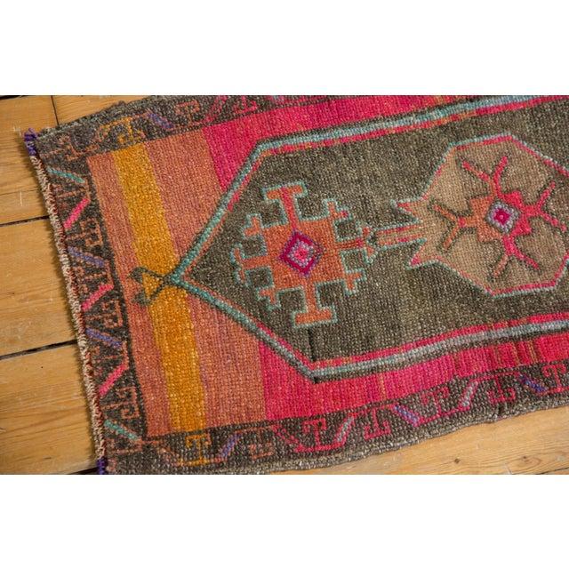 "Boho Chic Vintage Distressed Oushak Rug Mat - 1'6"" X 2'11"" For Sale - Image 3 of 6"