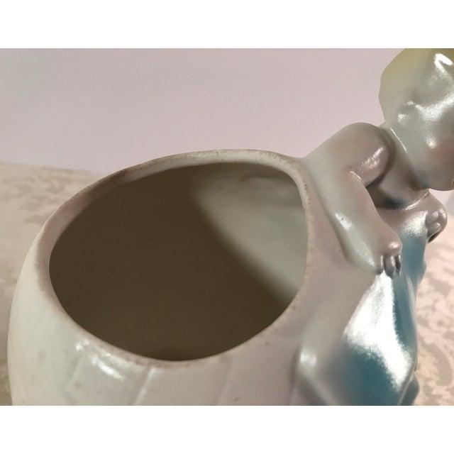 Art Deco Baby & Globe Ceramic Vase - Image 9 of 11