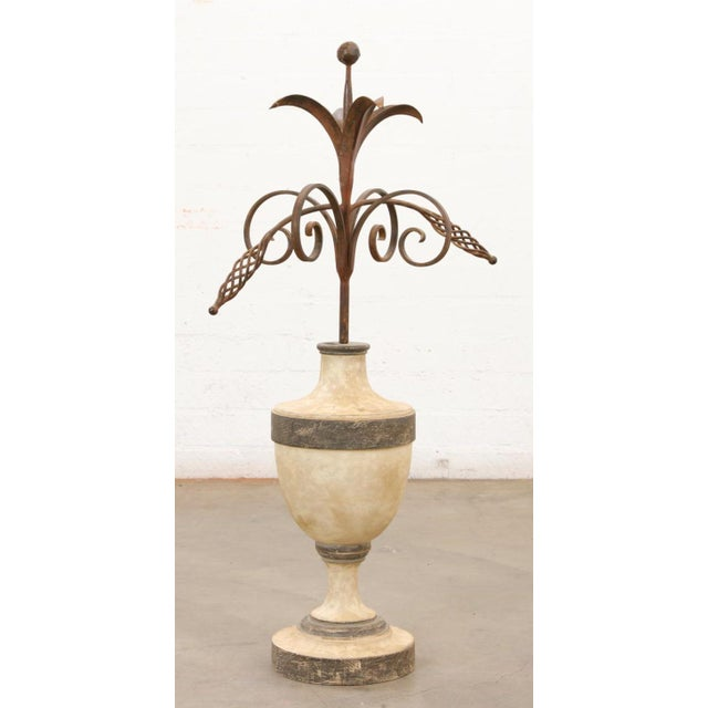 Neoclassical 18th C Style Las Palmas Collection Huge Paint Decorated Giltwood & Iron Centerpiece Urn For Sale - Image 3 of 3