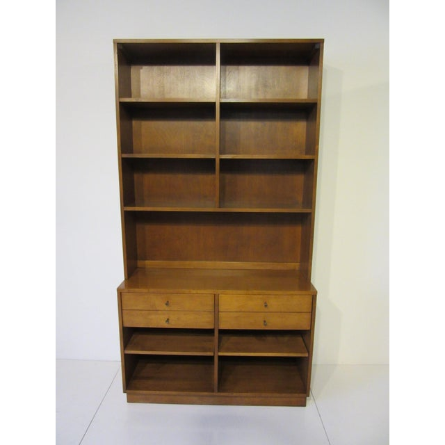 Paul McCobb Planner Group Maple 2 Pc. Bookcase For Sale - Image 9 of 9