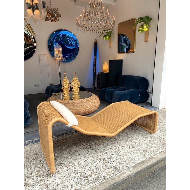 Tan 1970s Italian Rattan Chaise Longue Lounger Chair P3 by Tito Agnoli For Sale - Image 8 of 11