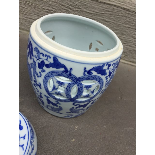 1960's Vintage Chinoiserie Garden Seat or Ginger Jar For Sale - Image 4 of 7