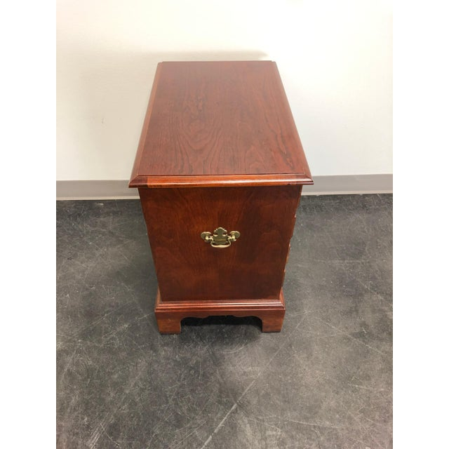Chippendale Chippendale Style Cherry Chairside Chest / Nightstand by Hooker For Sale - Image 3 of 11