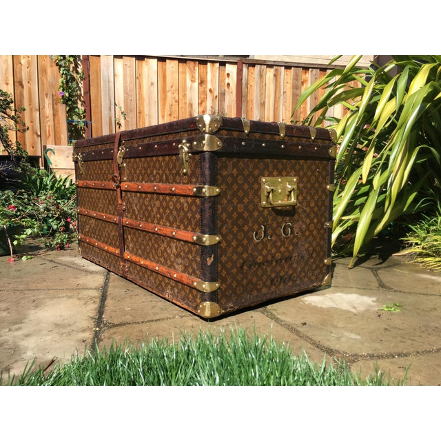 Louis Vuitton 1930s French Louis Vuitton Monogram Steamer Trunk For Sale - Image 4 of 13