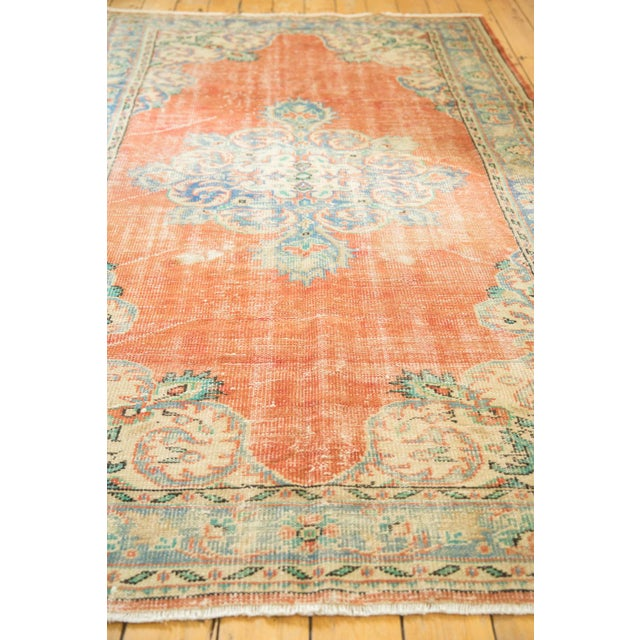 "Vintage Distressed Oushak Carpet - 5'6"" X 9' For Sale In New York - Image 6 of 10"