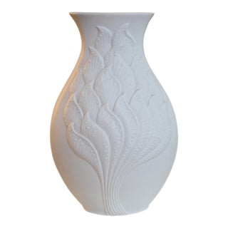 Kaiser Germany Op Art Matte Bisque Porcelain Vase #1 For Sale