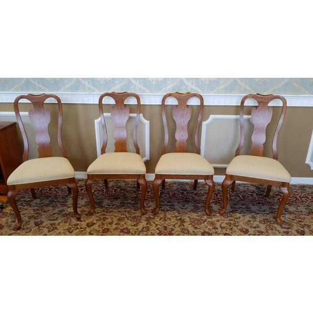 1990s Carleton Oak Drexel Heritage Queen Anne Round Dining Room Set For Sale - Image 10 of 11