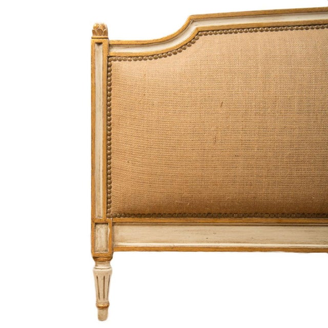 1940s 1940s French Louis XVI Style Painted Burlap Queen Bed For Sale - Image 5 of 8
