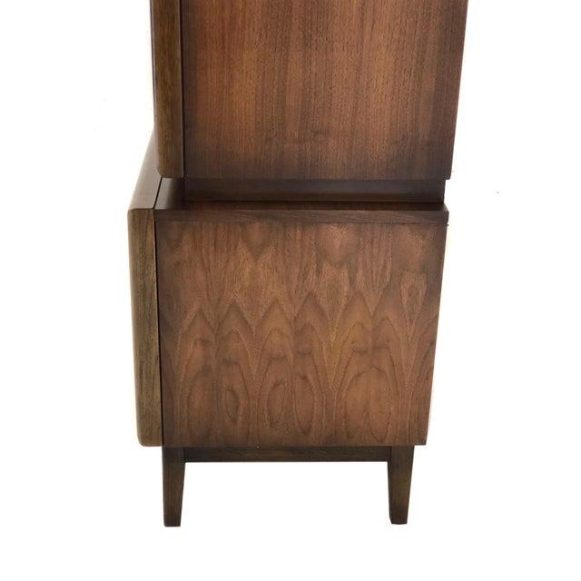 Mid Century Modern Gentleman's Dresser in Diamond Pattern For Sale - Image 4 of 7