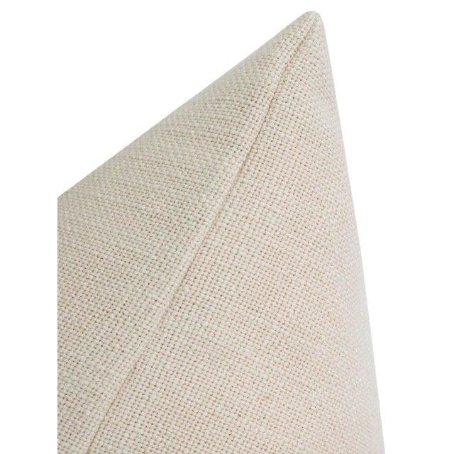 "12"" X 18"" Bayleaf Velvet Panel & Linen Lumbar Pillows - a Pair For Sale - Image 4 of 5"