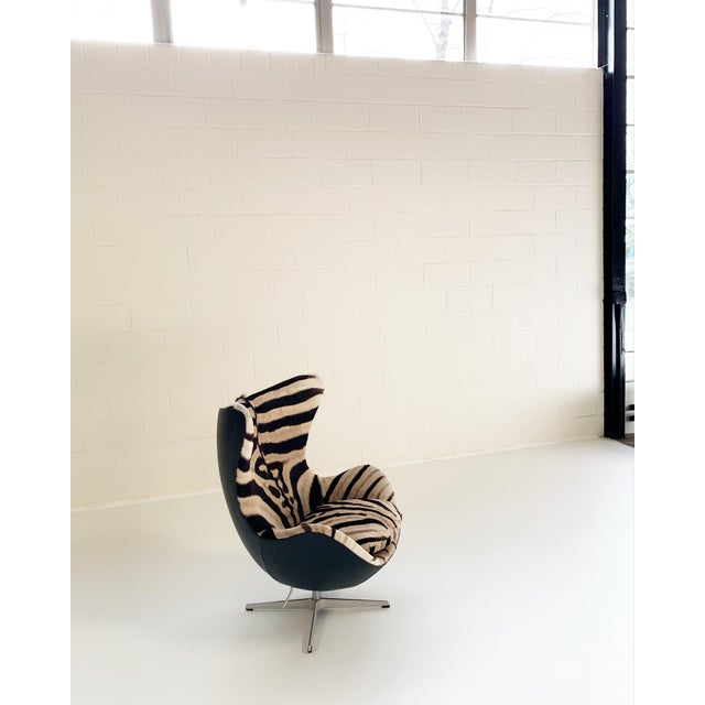 Metal Arne Jacobsen for Fritz Hansen Egg Chair in Zebra Hide and Loro Piana Leather For Sale - Image 7 of 13