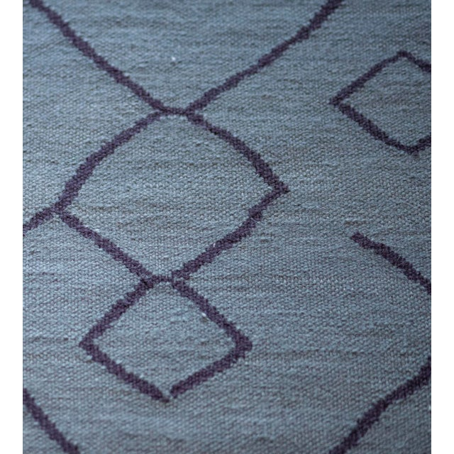 Contemporary Blue Handwoven Wool Moroccan Inspired Flatweave Rug For Sale In Los Angeles - Image 6 of 10