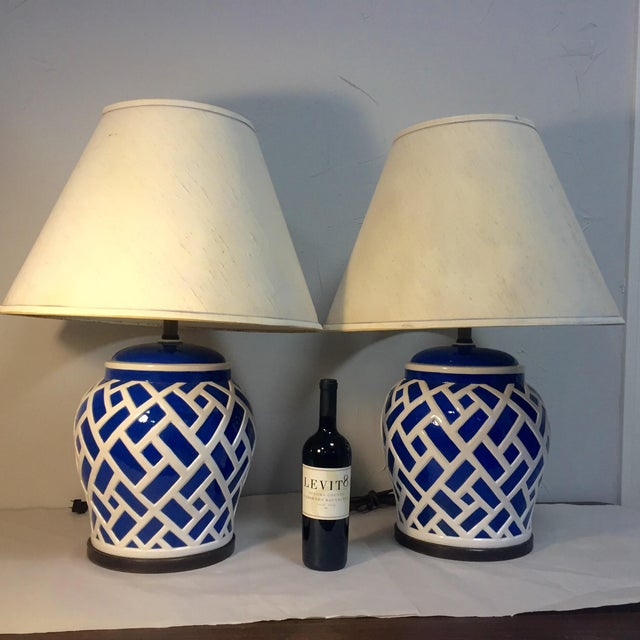 Frederick Cooper Frederick Cooper Blue & White Ginger Jar Lamps - A Pair For Sale - Image 4 of 8