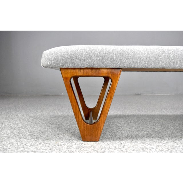 Mid-Century Modern Mid-Century Modern Upholstered Bench For Sale - Image 3 of 10