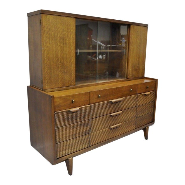 Century Furniture Mid-Century Modern Walnut China Cabinet For Sale