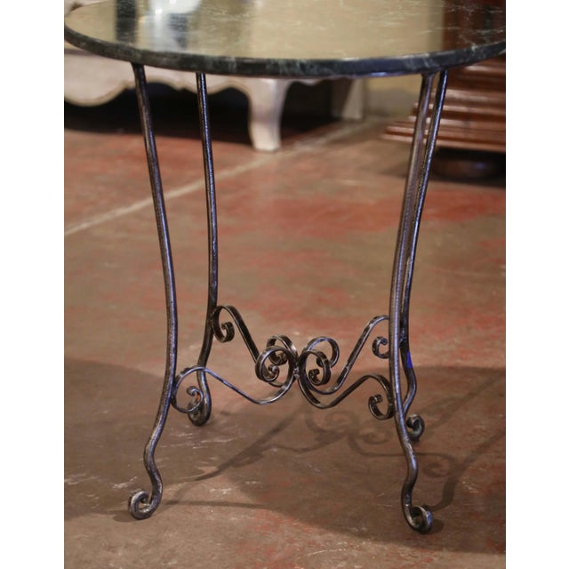 Mid-Century French Polished Wrought Iron and Marble Patio Side Tables - a Pair For Sale - Image 4 of 9