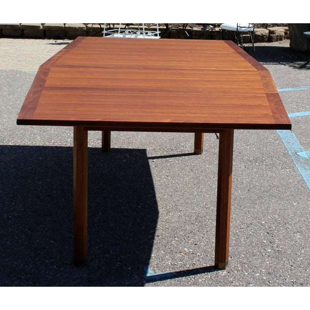 Dunbar Furniture Mid-Century Modern Dunbar Expandable Dining Table For Sale - Image 4 of 10