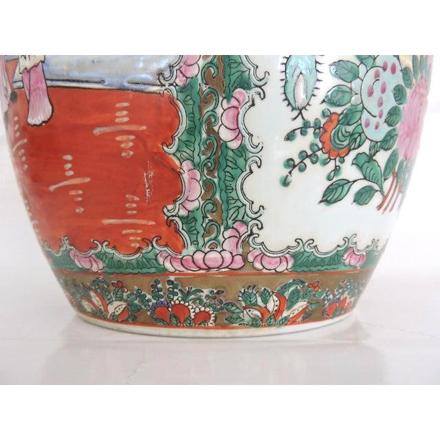Antique 'Chinese Opera' Rose Mandarin Lidded Porcelain Ginger Jar With Gilt Finial For Sale - Image 9 of 11