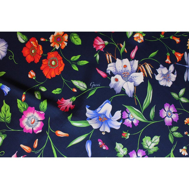Gucci Navy Floral Silk Fabric For Sale - Image 12 of 13