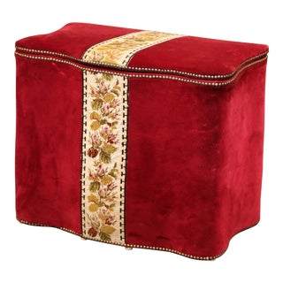 Early 20th Century French Needlepoint and Velvet Storage Hamper Trunk For Sale