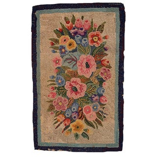 "Handmade Antique American Hooked Rug - 1'9"" X 2'10"" For Sale"
