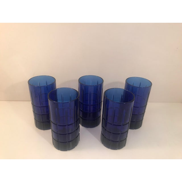 Contemporary 1960s Contemporary Anchor Hocking Tartan Cobalt Blue 12 Oz Tumblers - Set of 5 For Sale - Image 3 of 4