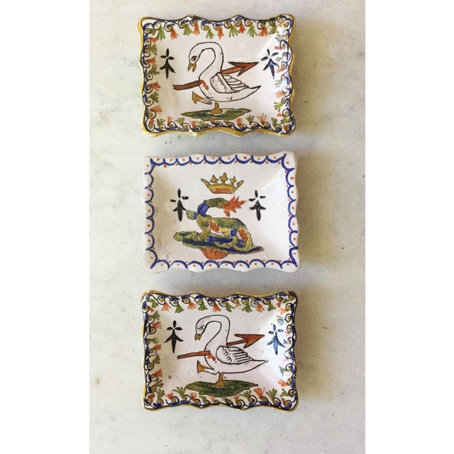 """1900 - 1909 1900s Petite French Faience Salamander Dish Signed """"Blois"""" For Sale - Image 5 of 6"""
