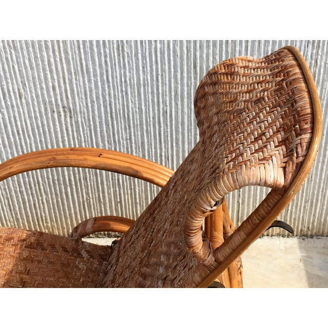 1920s 20th Century Adjustable Bentwood and Rattan Chaise Longue With Ottoman For Sale - Image 5 of 12