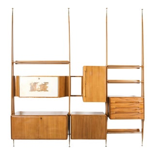 1950s Italian Wall Unit in Beech Attributed to Gio Ponti For Sale