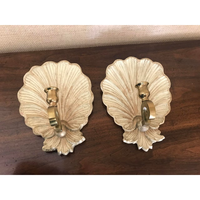 Hollywood Regency Vintage 1970s Carved Wood and Brass Shell Candle Sconces - a Pair For Sale - Image 3 of 9