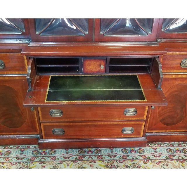 Very Good 1940s Inlaid & Banded Mahogany Living Room Breakfront China Cabinet For Sale - Image 10 of 11