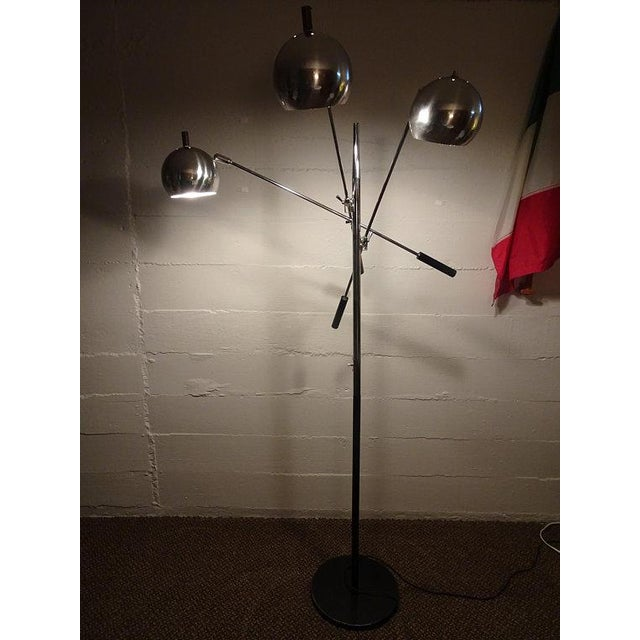 Metal 1960s Mid-Century Modern Robert Sonneman Chrome Triennale Atomic Orbiter Floor Lamp For Sale - Image 7 of 9