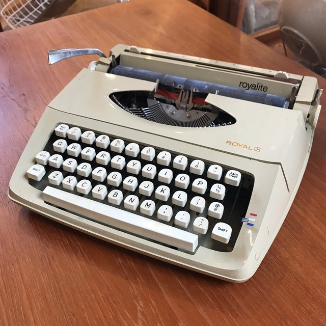 Mid-Century Royalite Typewriter With Carrying Case - Image 2 of 8