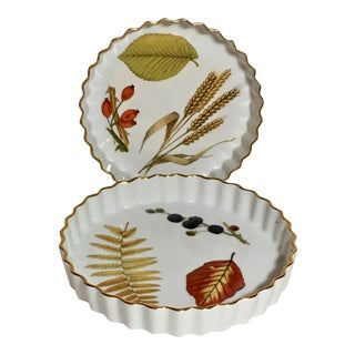 Ruffle Edge Royal Worcester Evesham Bakers - A Pair