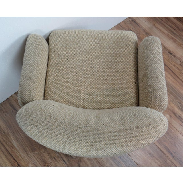 1970s Mid-Century Modern Wool Tweed Swivel Chairs by Preview - a Pair For Sale In Chicago - Image 6 of 13
