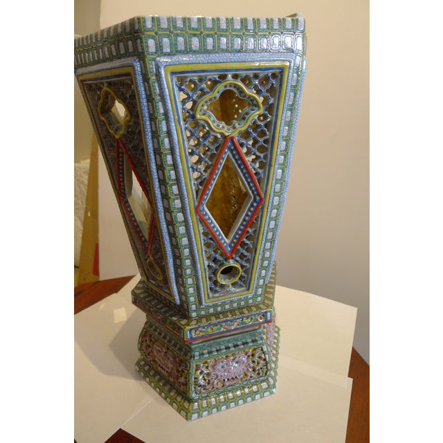 Chinese Chinese Porcelain Famille Verte Wedding Lantern For Sale - Image 3 of 12