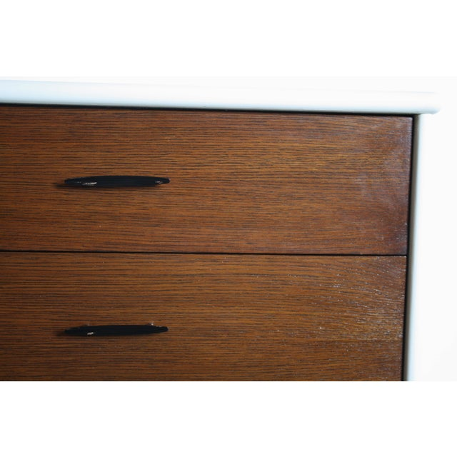 Wood 2-Tone Mid Century Modern Dresser For Sale - Image 7 of 8