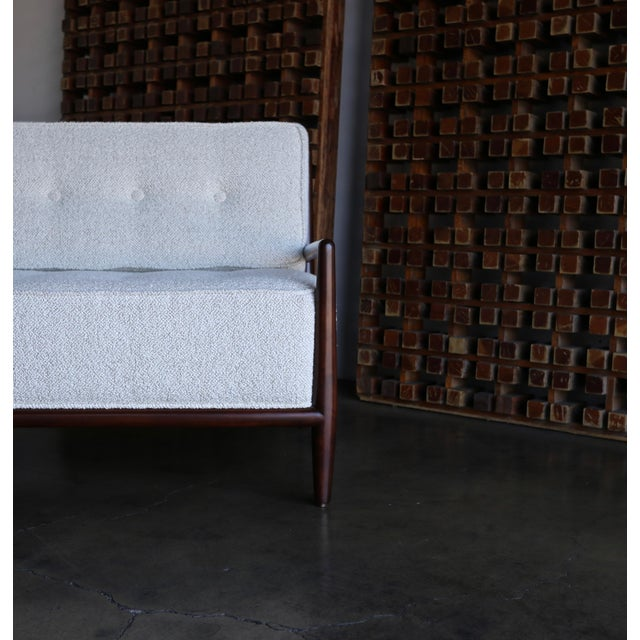 T.H. Robsjohn-Gibbings Sofa for Widdicomb, Circa 1955 For Sale In Los Angeles - Image 6 of 12