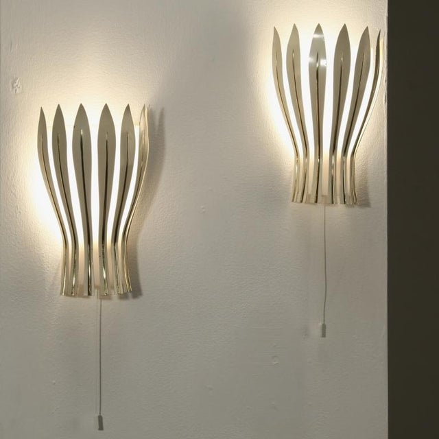 Mid-Century Modern Pair of Kalmar Wall Appliques with metal petals. Austria, 1950s For Sale - Image 3 of 5