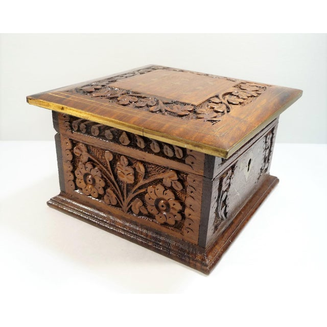 Vintage Moroccan Style Hand Carved Inlay Wood Box W Key - Image 6 of 11