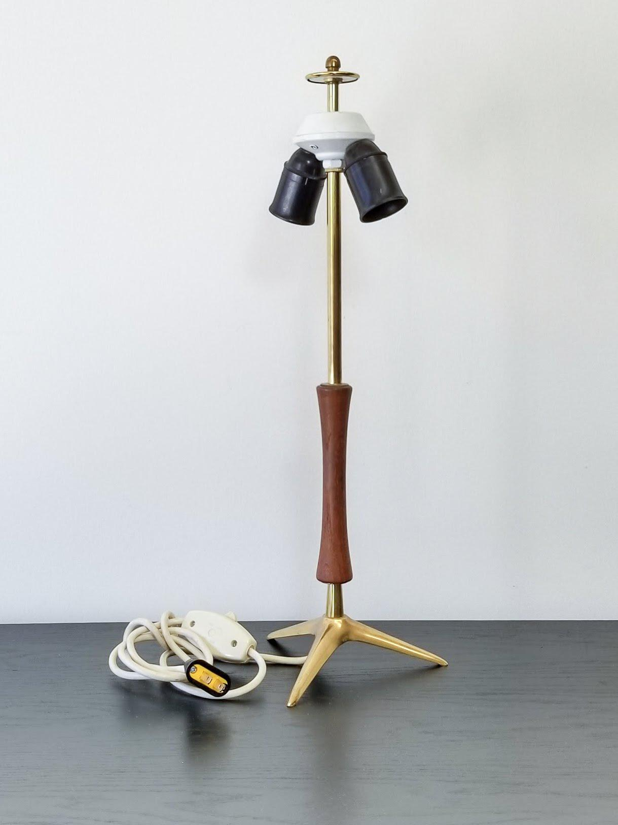 1950s Mid Century Modern Brass Tripod Table Lamp Chairish