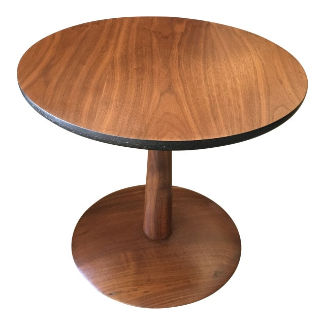 1950s Mid-Century Modern Round Walnut Pedestal Base Side Table For Sale